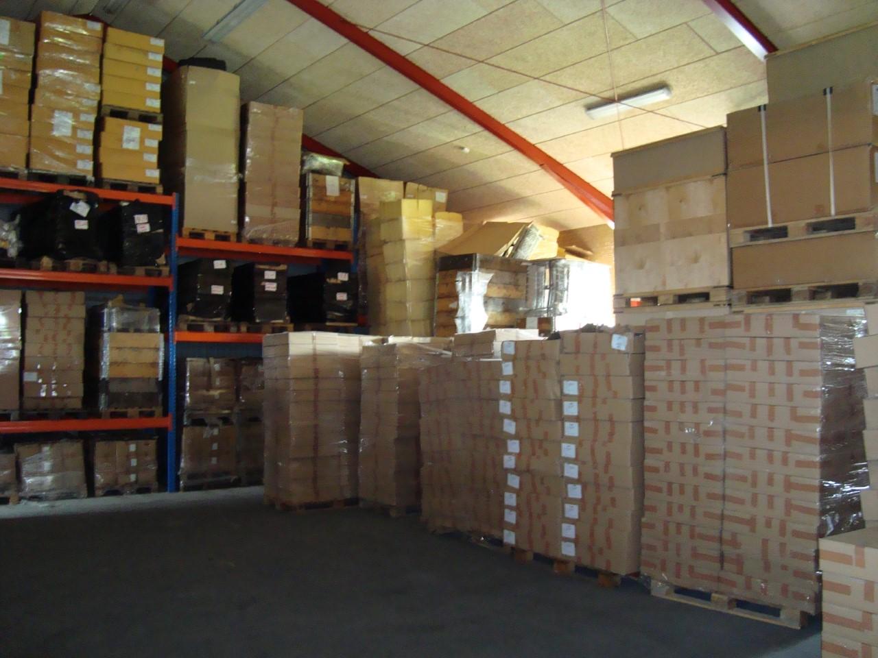 Opbevaring af blandet gods på paller